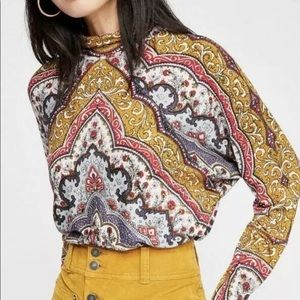 Free People Tops - 🎉Free People Chase Me Top🎉